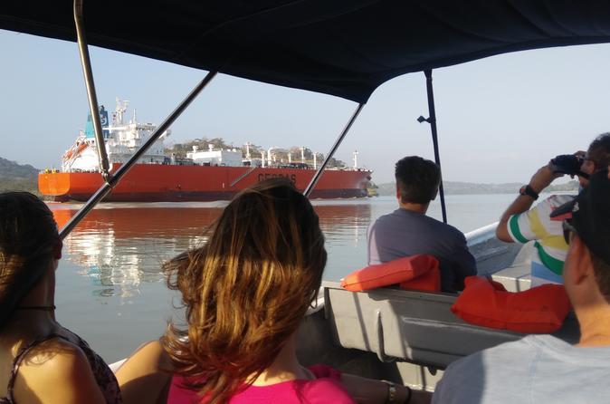 Transit Tour Gatun Lake Panama