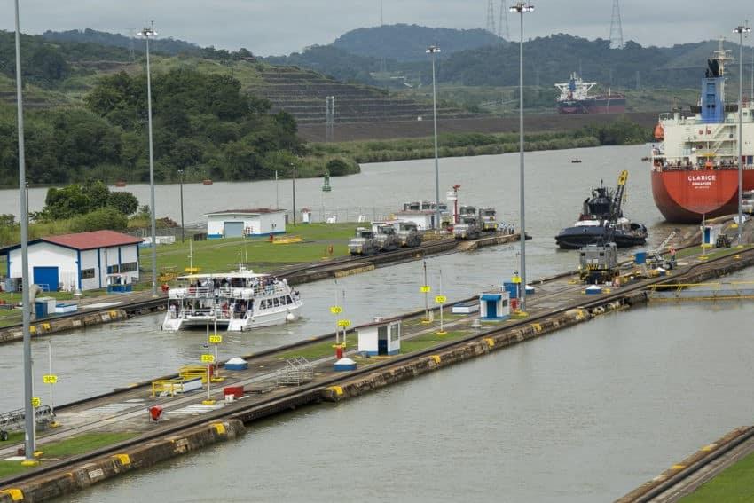 Panama Canal Full Transit Tour
